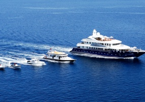7 Rooms, Motor Yacht, For Charter, 20 Bathrooms, Listing ID 1052