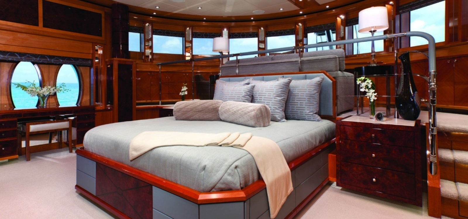 6 Rooms, Motor Yacht, For Charter, 10 Bathrooms, Listing ID 1064