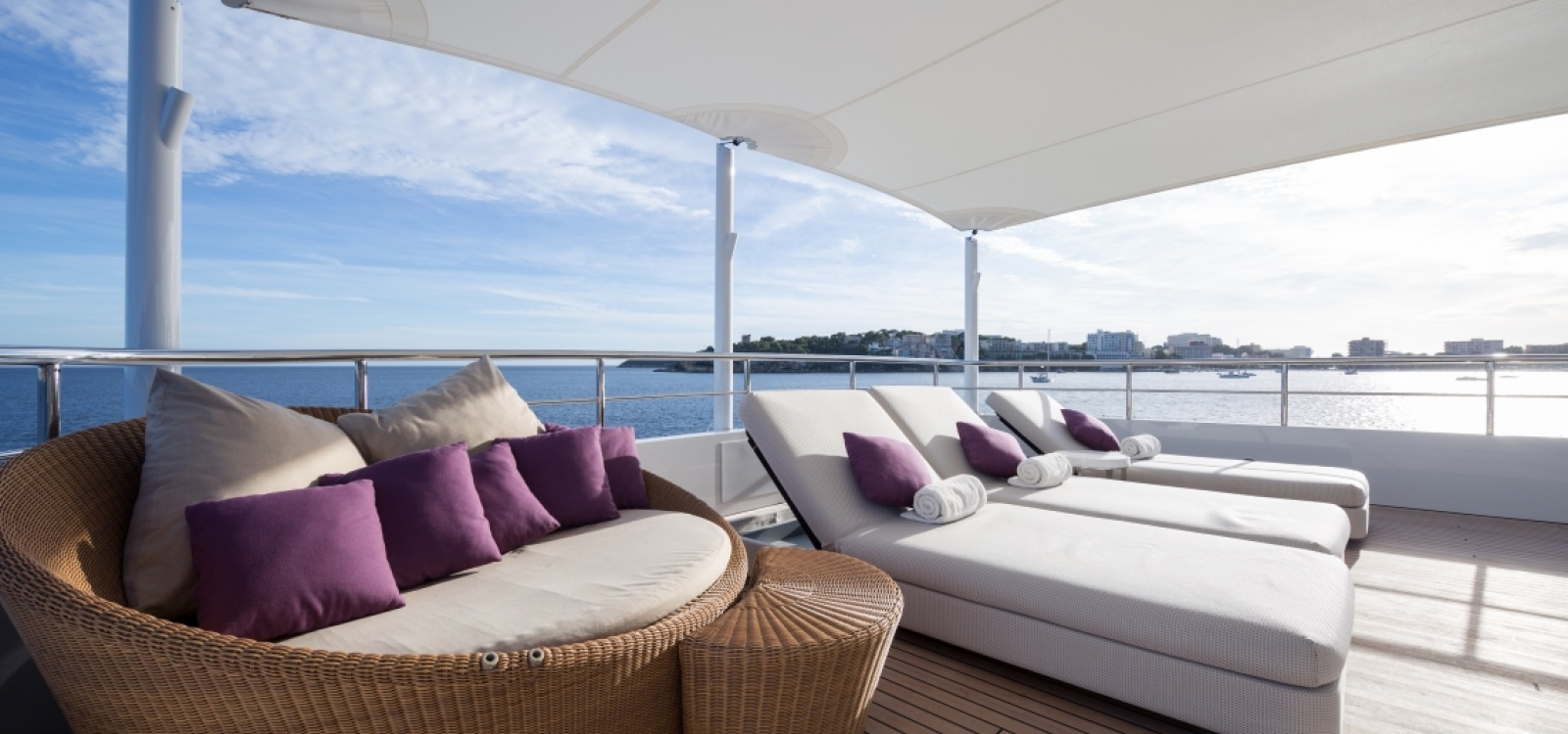 5 Rooms, Motor Yacht, For Charter, 9 Bathrooms, Listing ID 1073